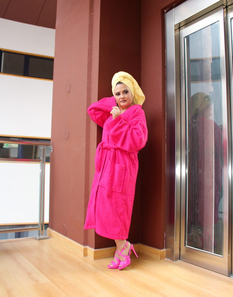 Albornoz Fashion a lo Rita Ora.